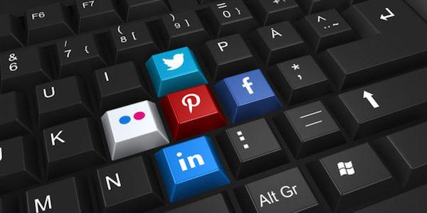 Ce se află în spatele postărilor din social media?