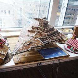 Brutăria Star Wars produce machete din celebra serie de filme, toate din turtă dulce