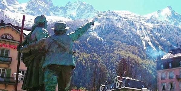 Stațiuni de iarnă pentru iubitorii de schi și cultură